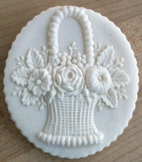Cookie made with Mold #1581 cut round using a fluted pastry cutter.
